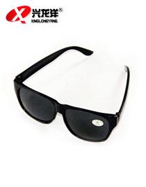 黑色电焊防护眼镜MB120