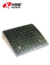 供应500X450X110mm橡胶路沿坡斜坡垫汽车台阶板马路牙门口上坡垫JT776